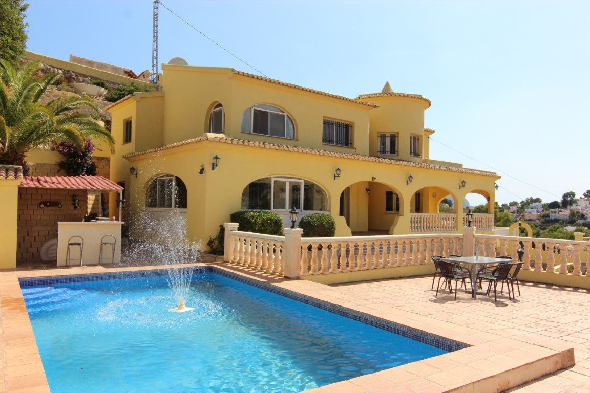 8 Bedroom Villa in Benissa