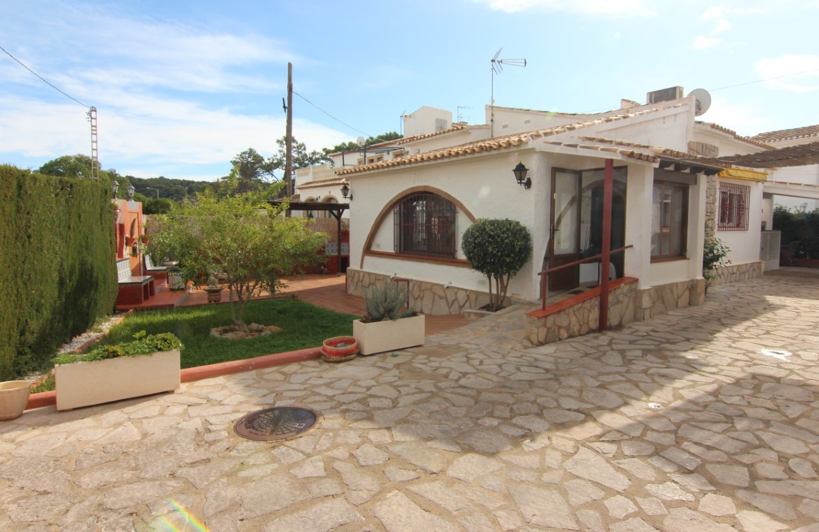 4 Bedroom Bungalow in Javea