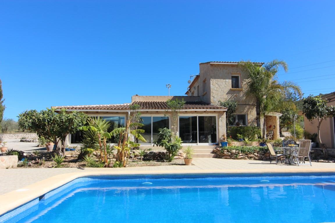 4 Bedroom Villa in Gata de Gorgos