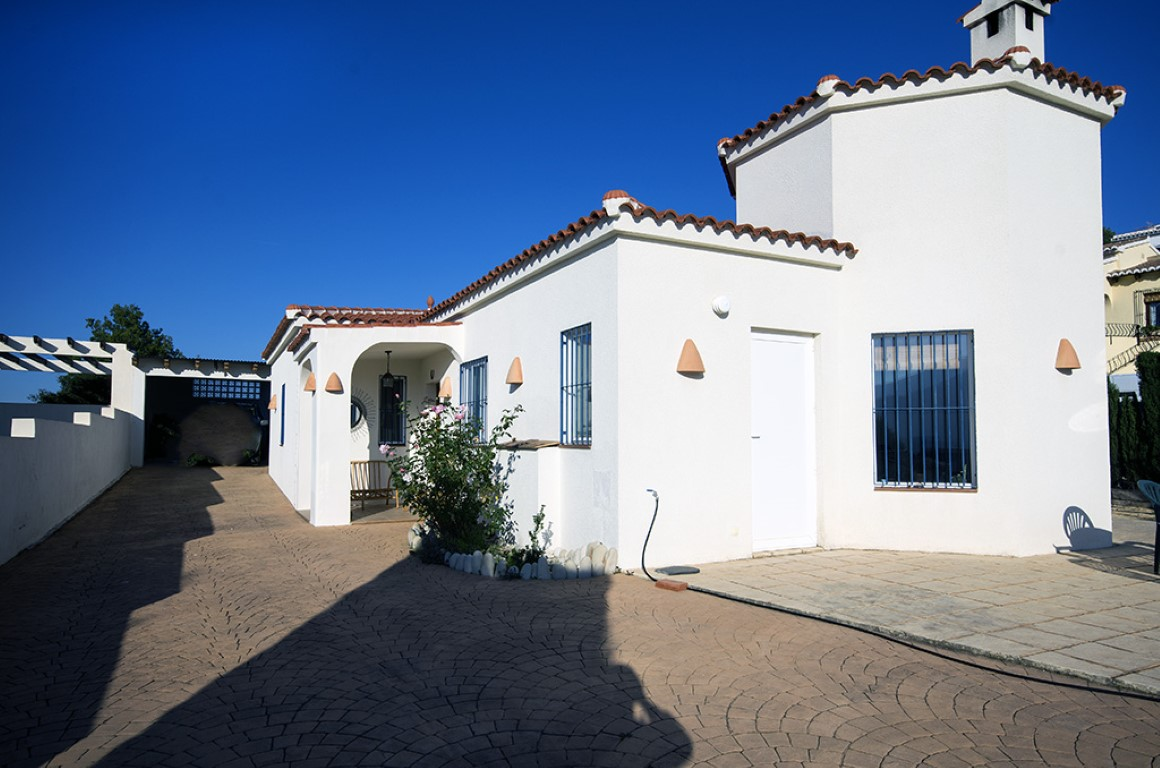3 Bedroom Villa in Murla