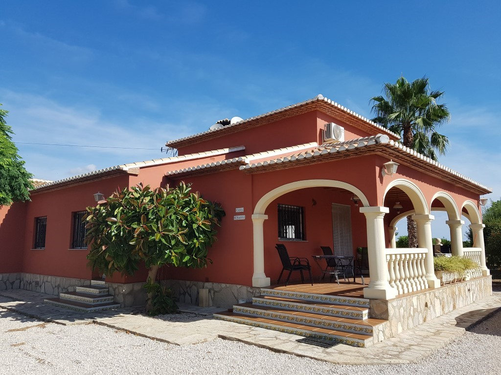 Propery For Sale in Pedreguer, Spain image 0